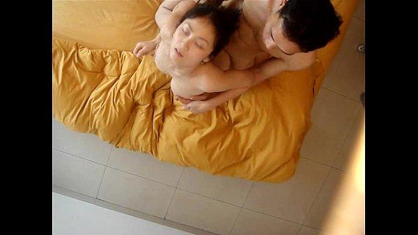 【免費A片】做愛太激烈,床都壞掉了
