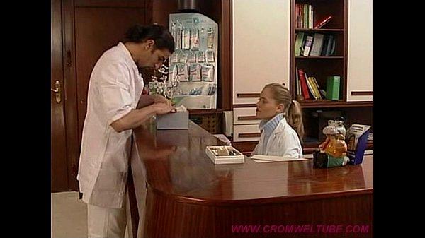 【劇情A片】看牙醫被醫生亂摸,最後還插進去